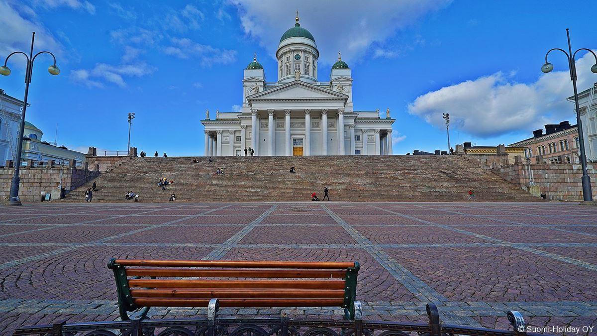 Senate Square Helsinki city center attraction