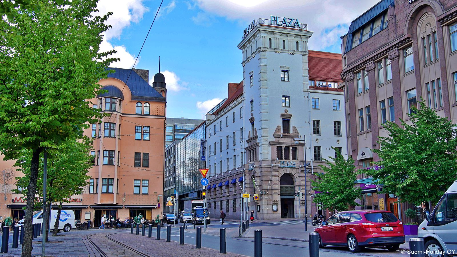 Radisson Blue Plaza Hotel в центре Хельсинки